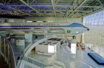 Ronald Reagan Air Force 1 library